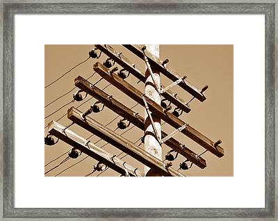 End Of The Line Framed Print by David Lee Thompson
