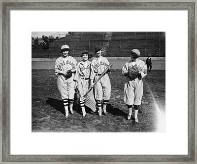 Exhibition Game Framed Print by Topical Press Agency
