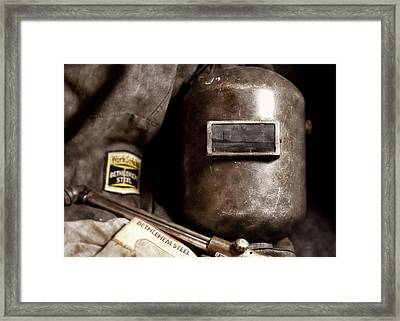 Fading America Framed Print by Peter Chilelli