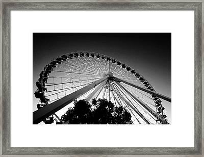 Ferris Wheel Framed Print by Leslie Leda
