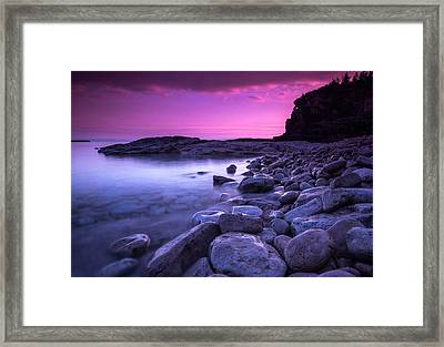First Light On The Rocks At Indian Head Cove Framed Print by Cale Best