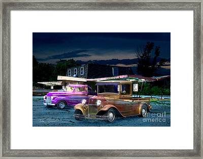 Food And Foam Framed Print by Tom Straub