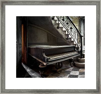Forgotten Ancient Piano - Abandoned Building Framed Print by Dirk Ercken