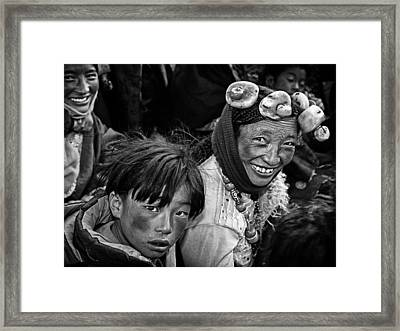 Friendly Villagers Framed Print by Bj Yang