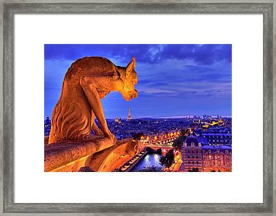Gargoyle De Paris Framed Print by Traumlichtfabrik