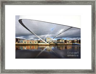 Gateshead Millennium Bridge Framed Print by Stephen Smith