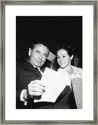 Glenn Ford And Kathy Hays Framed Print by Underwood Archives