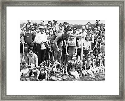 Gold Medalist Warren Kealoha Framed Print by Underwood Archives
