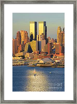 Golden Glow Nyc Framed Print by Regina Geoghan