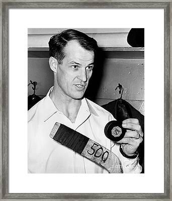Gordie Howe Is Only The Second Player In Hockey History To Score 500 Goals 1962 Framed Print by William Jacobellis