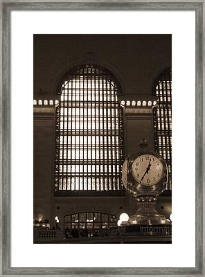 Grand Central Station Framed Print by Henri Irizarri