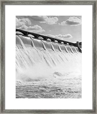 Grand Coulee Dam, Washington State Framed Print by H. Armstrong Roberts/ClassicStock