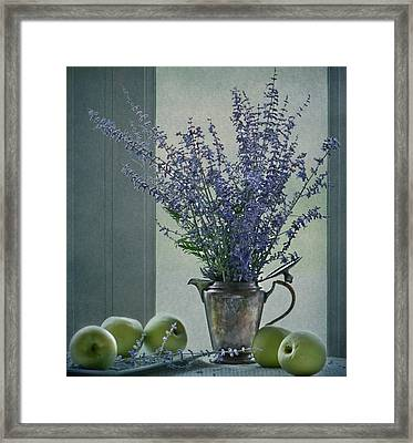 Green Apples In The Window Framed Print by Maggie Terlecki
