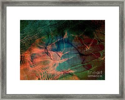 Hand Of A Healer - La Main Dun Guerisseur Framed Print by Fania Simon