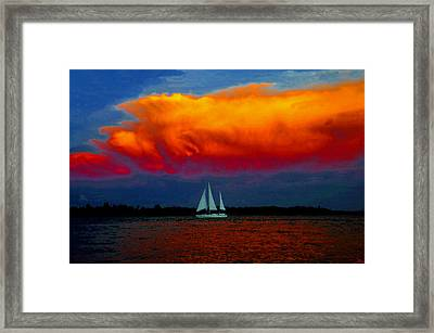 Heading For Home Framed Print by David Lee Thompson