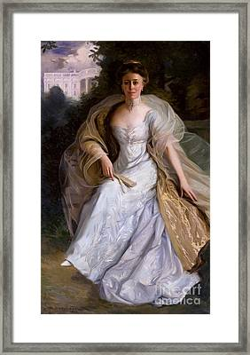 Helen Taft, First Lady Framed Print by Science Source
