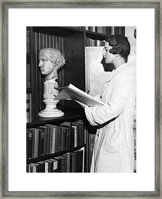Helen Wills Moody Sketching Framed Print by Underwood Archives