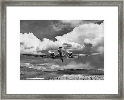 High Desert Dc-3 Framed Print by Peter Chilelli