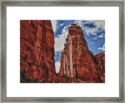 Hole In The Wall Framed Print by Gary Baird