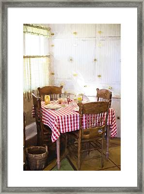 Home In The 20s 2 Framed Print by Jill Wellington