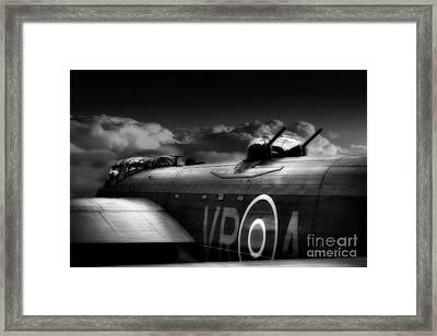 Homeward Bound Framed Print by Stephen Smith