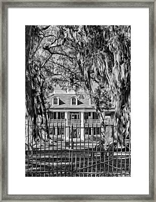 Houmas House Plantation 2 - Bw Framed Print by Steve Harrington