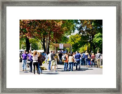 Hudson Valley Garlic Festival In Saugerties 1 Framed Print by Lanjee Chee