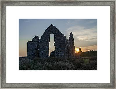 Hunting Lodge Ruins At Sunrise - County Sligo Framed Print by Bill Cannon