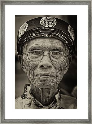 Immigrants Parade Nyc 6 25 11 Framed Print by Robert Ullmann