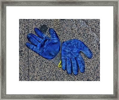 Jazz Hands Framed Print by Robert Ullmann