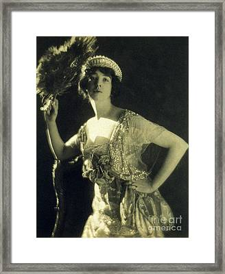 Jeweled Gown And Tiara, 1916 Framed Print by Science Source