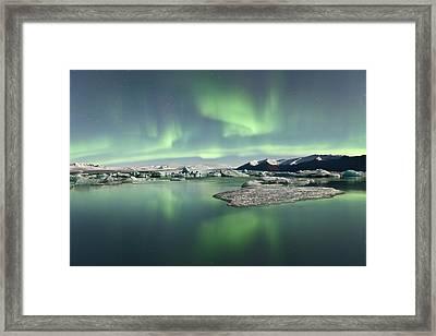 Jokulsarlon Lagoon Aurora Borealis Framed Print by Reed Ingram Weir
