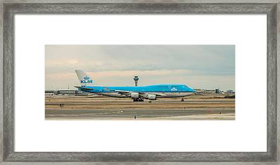 Klm Boeing 747-400 Framed Print by Ian D'Costa