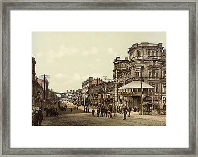 Krestchatik Street In Kiev - Ukraine - Ca 1900 Framed Print by International Images