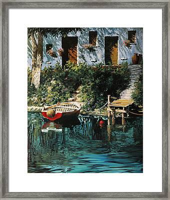 La Barca Al Molo Framed Print by Guido Borelli