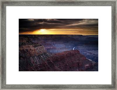 Last Light At The Canyon Framed Print by Andrew Soundarajan
