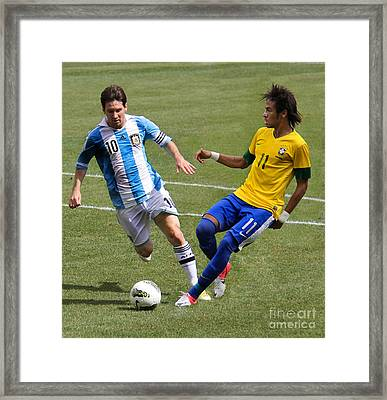 Lionel Messi And Neymar Clash Of The Titans Metlife Stadium  Framed Print by Lee Dos Santos