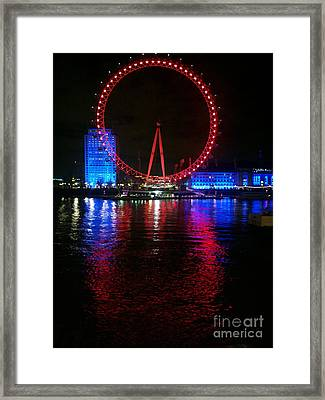 London Eye At Night Framed Print by Hanza Turgul