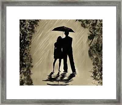 Love In The Rain D Framed Print by Leslie Allen