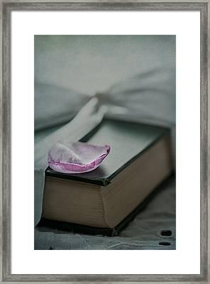 Love Poems Framed Print by Maggie Terlecki