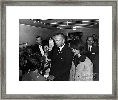 Lyndon B. Johnson Sworn Framed Print by Science Source