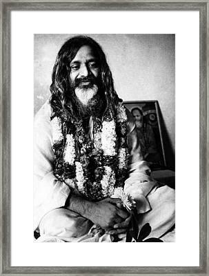 Maharishi Mahesh Yogi, New Delhi Framed Print by Everett