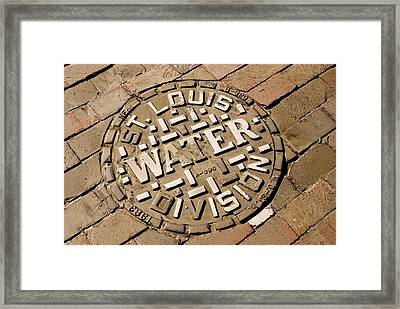 Manhole Cover In St Louis Framed Print by Mark Williamson