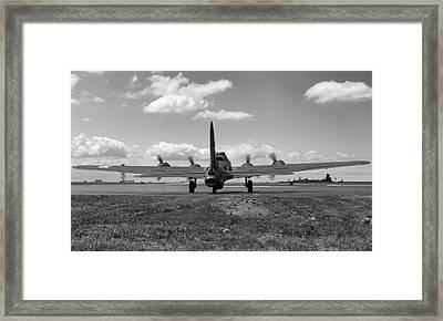 Memphis Belle Bw Framed Print by Peter Chilelli