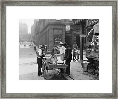 Men Eating Fresh Clams From A Pushcart Framed Print by Everett