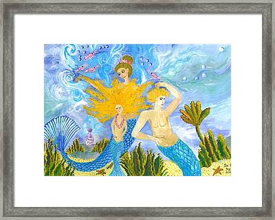 Mer Mum And Comb Framed Print by Sushila Burgess