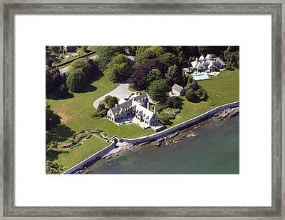 Middletown Rhode Island Framed Print by Duncan Pearson