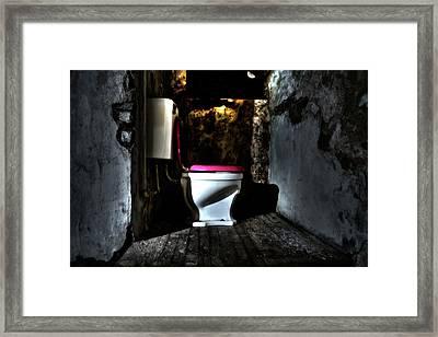 Midnight Throne Framed Print by Scott  Wyatt