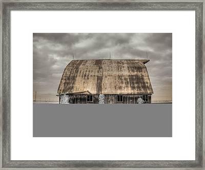 Midwestern Barn Framed Print by Jane Linders