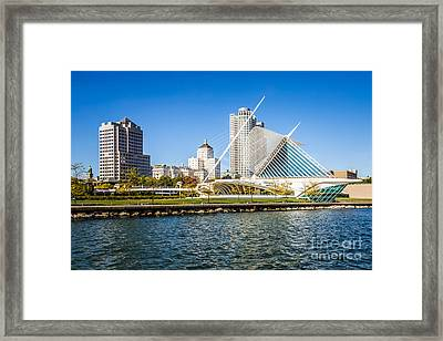 Milwaukee Skyline Photo With Milwaukee Art Museum Framed Print by Paul Velgos
